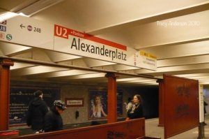 U2 Bahn Alexanderplatz sign