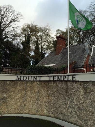 Mount Temple sign