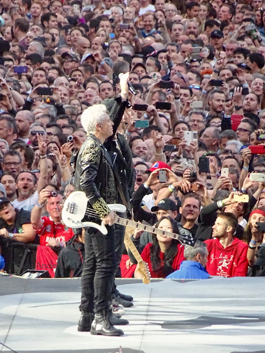 Exhibit 3 U2, moved by the audience; the audience, moved by U2 Croke Park 2017