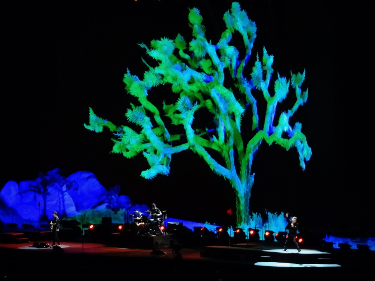 3D Tree U2 Brussels Aug 1 2017