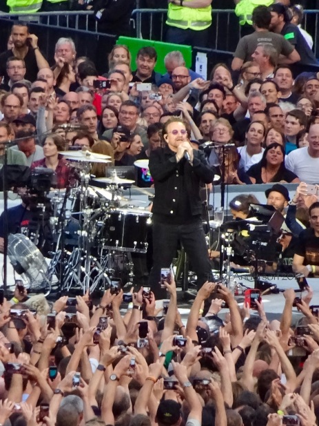 Bono Sunday Bloody Sunday U2 Brussels August 1 2017