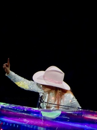 Lady Gaga Piano Million Reasons Joanne World Tour Edmonton Aug 3 2017