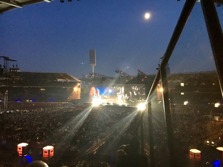 Moon and Lights One Tree Hill U2 Brussels Aug 1 2017