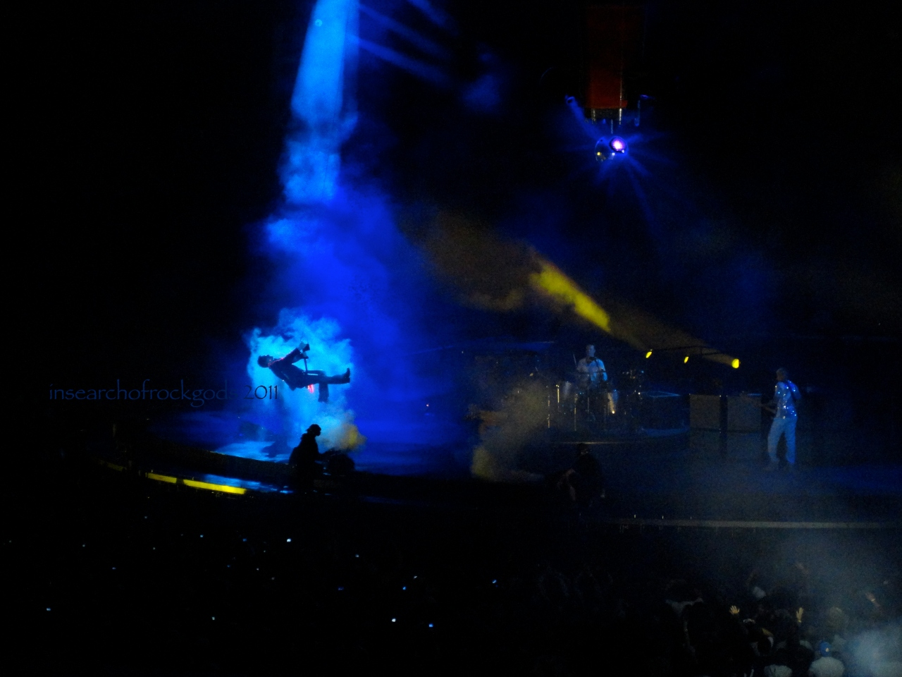 U2 360 Tour Seattle 2011 Bono flying