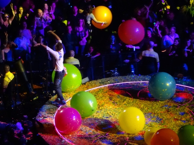 Chris Martin and the Beach Balls Coldplay Rogers Place Edmonton September 27, 2017