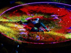 Chris Martin Rolling in Confetti 1 Coldplay Rogers Place Edmonton September 27, 2017