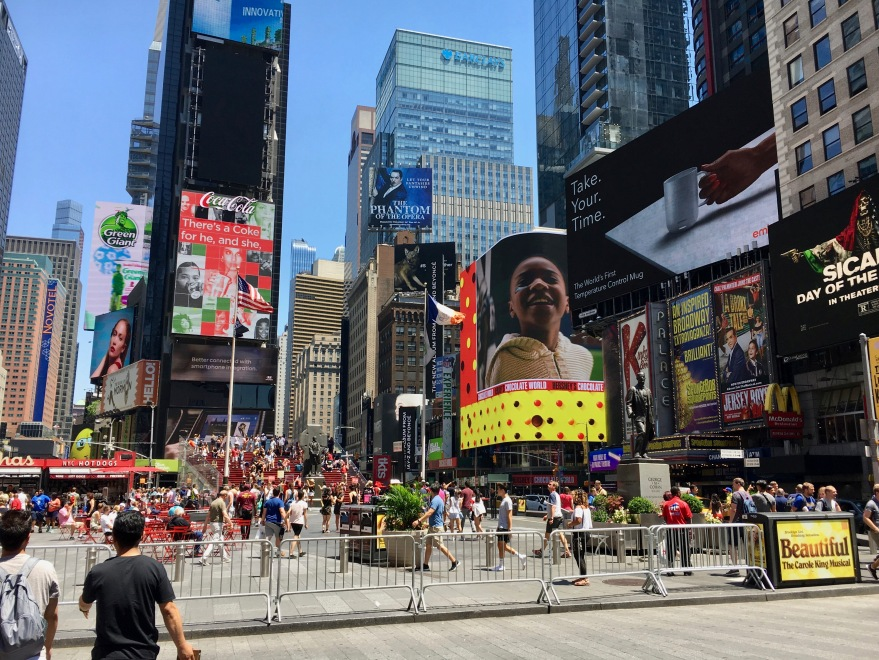 Times Square June 2018.jpg