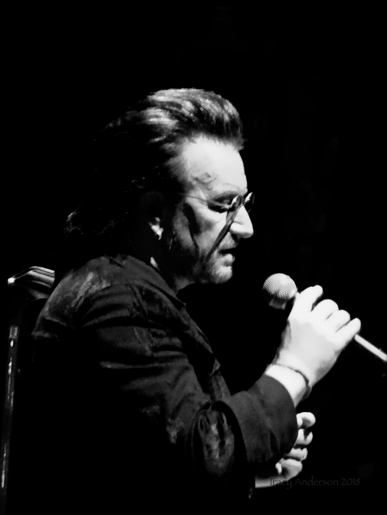 Bono B&W Close Up U2 eXPERIENCE & iNNOCENCE Tour MSG June 25 2018