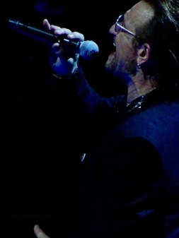 Bono Close Up U2 eXPERIENCE & iNNOCENCE Tour NJ June 29 2018