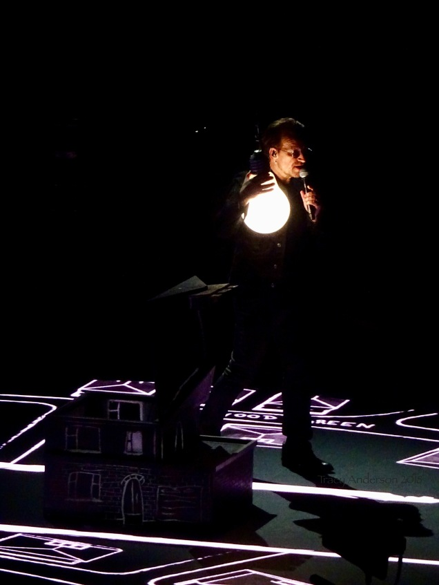 Ending the Show the Way iNNOCENCE Began Bono and Lightbulb NJ June 29