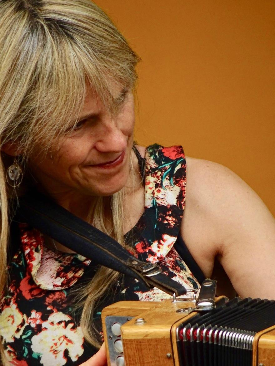 Sharon Shannon Edmonton Folk Music Fest 2018