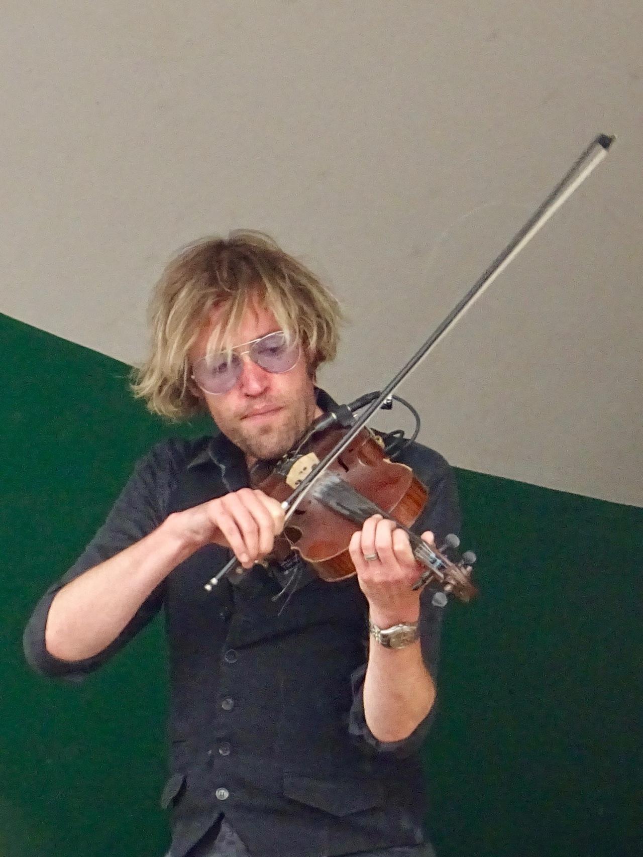 Fiddler from The Step Crew Edmonton Folk Music Fest 2018