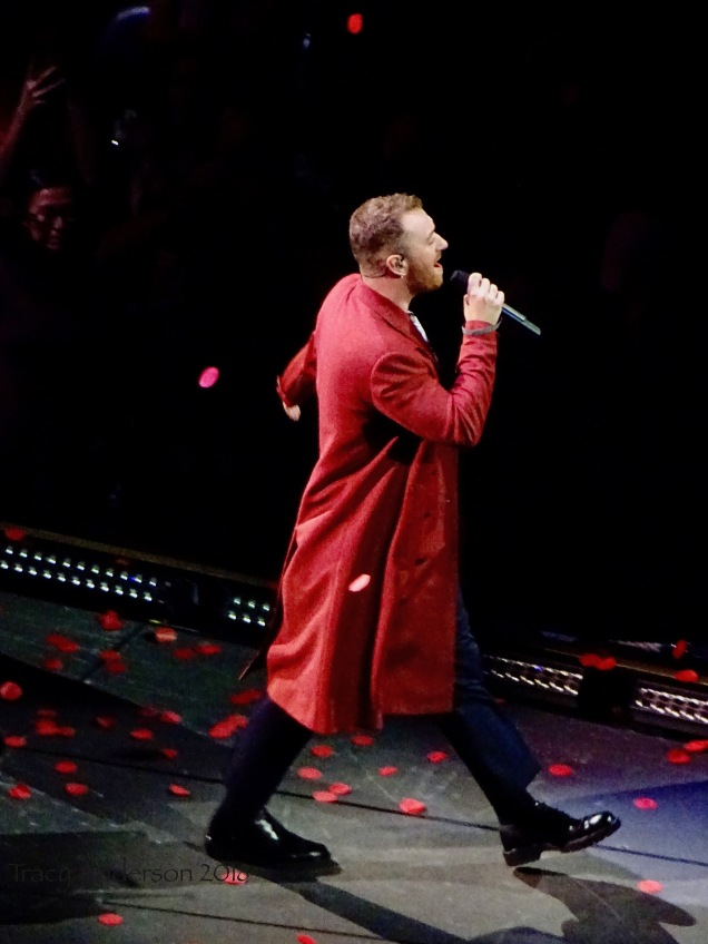 Sam Smith Red Confetti Rogers Place Edmonton Sept 12 2018