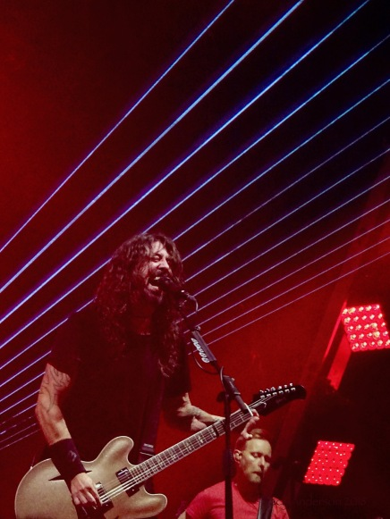 Dave Grohl Nate Mendel Lasers Foo Fighters Concrete and Gold Tour Rogers Place Edmonton Oct 22 2018