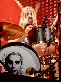 Taylor Hawkins Foo Fighters Concrete and Gold Tour Rogers Place Edmonton Oct 22 2018
