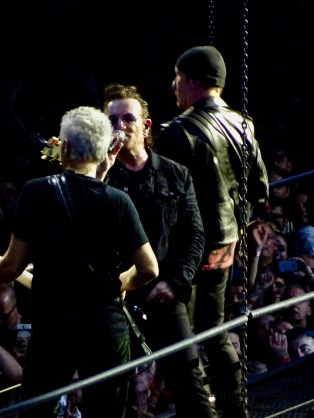 Adam Bono Edge U2 Berlin Mercedes Benz Arena Nov 13 2018