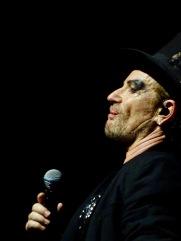Bono Showman Tongue U2 Dublin 4 3Arena Nov 10 2018