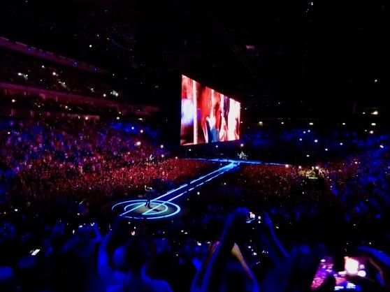 U2 E Stage Berlin Mercedes Benz Arena Nov 13 2018