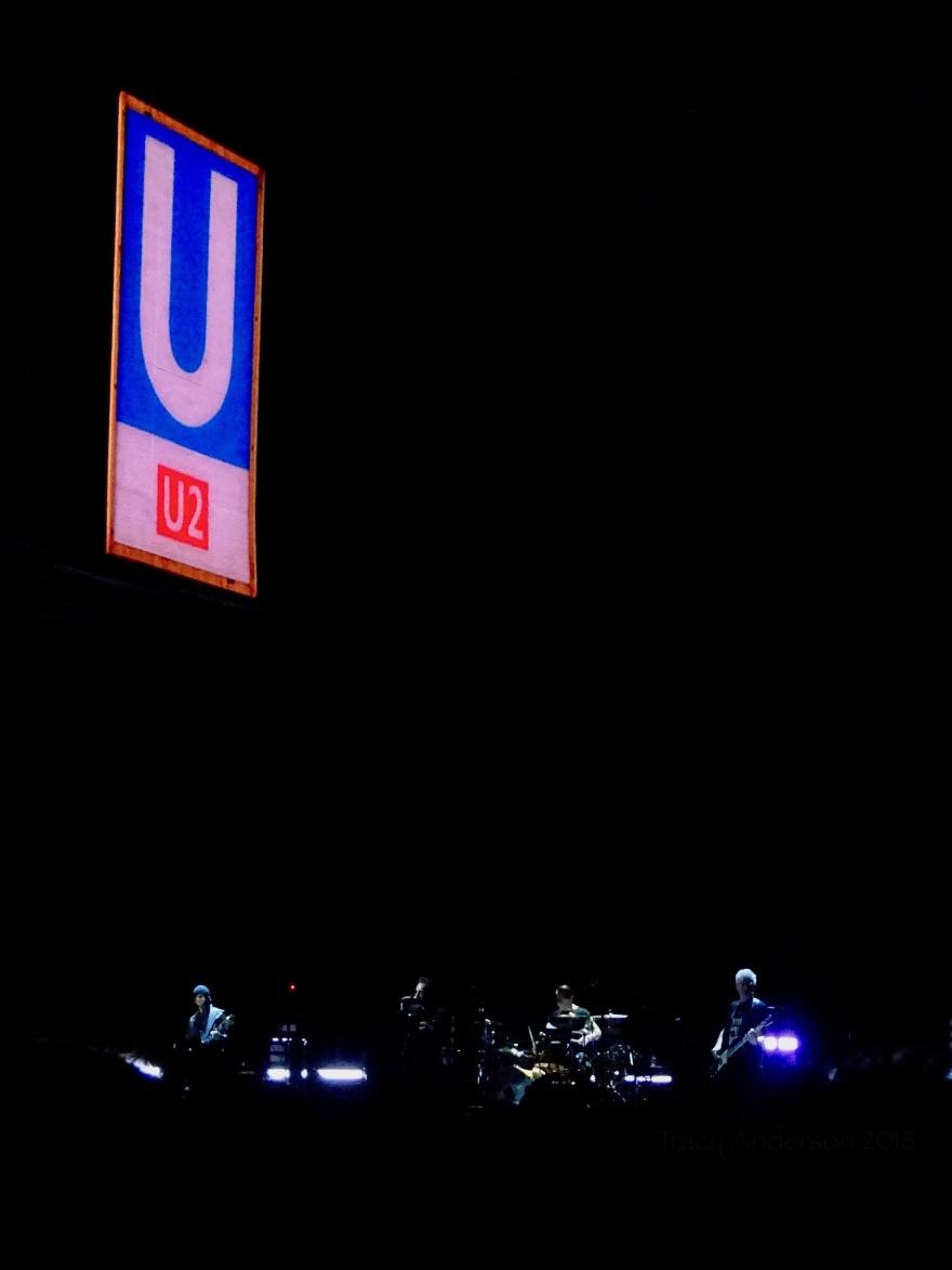 U2 Sign Dublin 2 3Arena Nov 6 2018