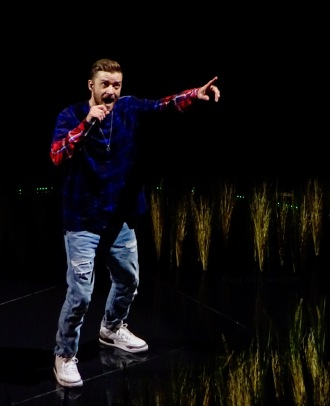 Justin Timberlake Grass Plaid Rogers Place Feb 6 2019