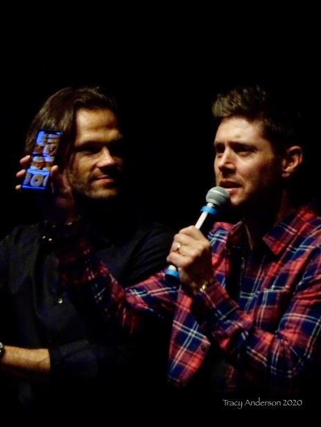 Jared Padalecki and Jensen Ackles Donot sandwich SPNLV Mar 2020
